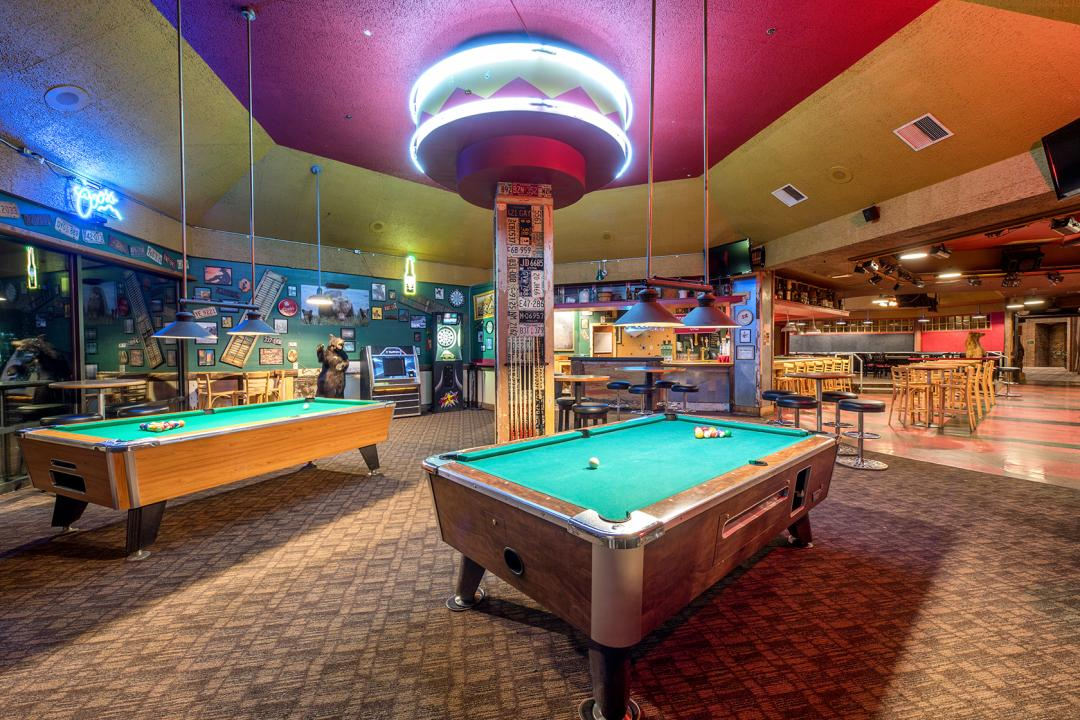 Visit Our Entertaining Bar & Lounge in Pasco